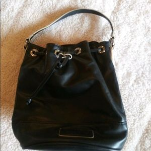 Vera Bradley black handbag Mint Condition!